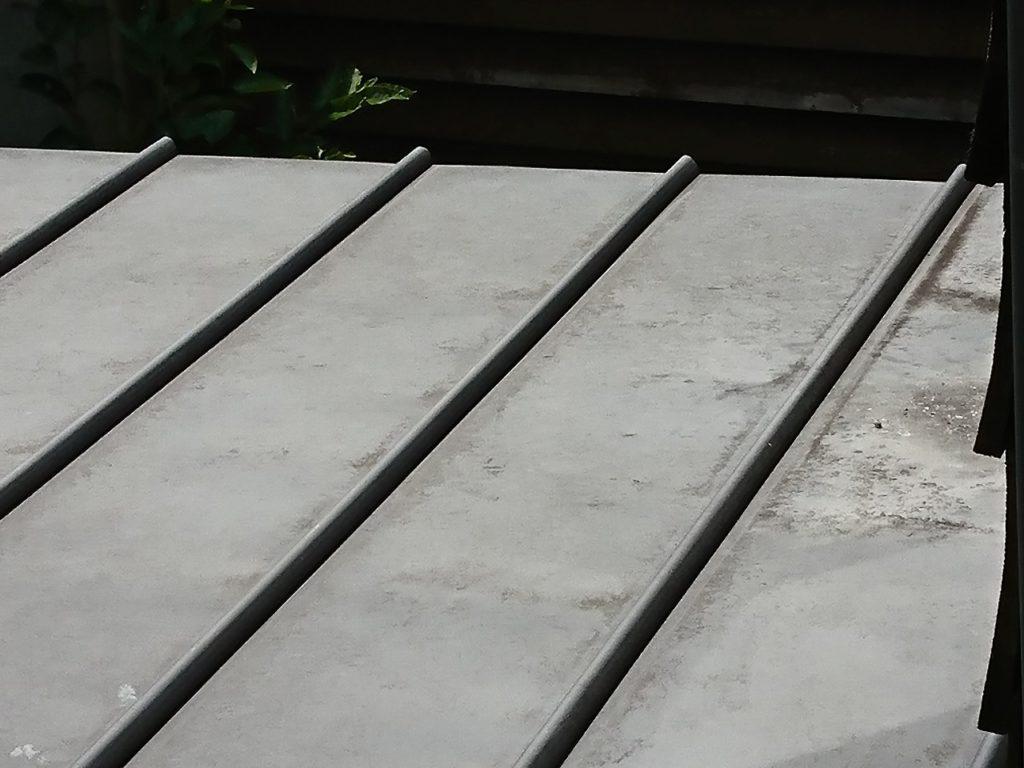 銅板屋根に塗装メンテナンスは必要か?