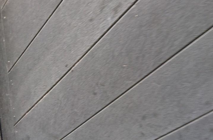 劣化した木質系サイディング