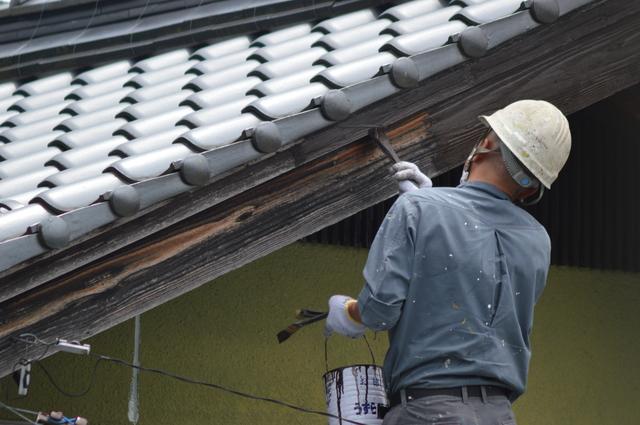 破風板・鼻隠しの塗装単価と費用